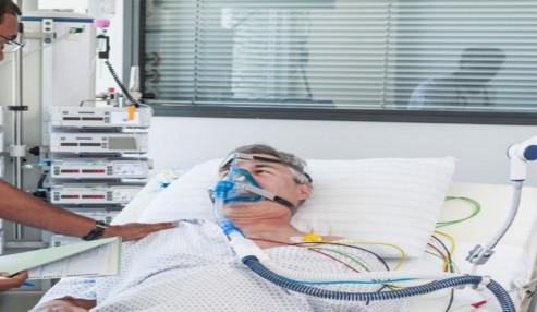 وبینار علمی  مراقبت تنفسی از بیمار تحت ونتیلاتور